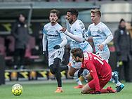 FODBOLD: Douglas Ferreira (FC Helsingør) runder Benjamin Tiedemann Hansen (FC Nordsjælland) under træningskampen mellem FC Nordsjælland og FC Helsingør den 13. januar 2018 i Right to Dream Park i Farum. Foto: Claus Birch