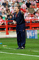 Photo: Paul Greenwood.<br />Sheffield United v West Ham United. The Barclays Premiership. 14/04/2007.<br />Sheffield United manager Neil Warnock barks out the orders