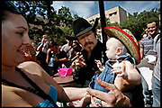 San Marcos, Texas, USA, 20060926: Gubernatiorial Candidate in Texas, Kinky Friedman (independent) campaigns at the Southwest Texas State University in San Marcos and gets a little help from former Governor in Minnesota, Jesse Ventura.<br /> <br /> Photo: Orjan F. Ellingvag/ Dagens Naringsliv