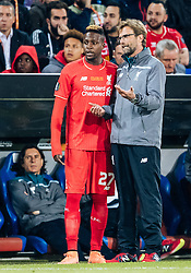 18.05.2016, St. Jakob Park, Basel, SUI, UEFA EL, FC Liverpool vs Sevilla FC, Finale, im Bild Divock Origi (FC Liverpool), Trainer Juergen Klopp (FC Liverpool) // Divock Origi (FC Liverpool) Trainer Juergen Klopp (FC Liverpool) during the Final Match of the UEFA Europaleague between FC Liverpool and Sevilla FC at the St. Jakob Park in Basel, Switzerland on 2016/05/18. EXPA Pictures © 2016, PhotoCredit: EXPA/ JFK