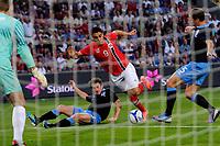 Fotball , 20. mai 2012, Privatlandskamp , Ullevaal<br /> Norge - England<br /> Muhammed Abdelaue - Norge <br /> Leighton Baines og Phil Jagielka - England<br /> Foto: Sjur Stølen , Digitalsport