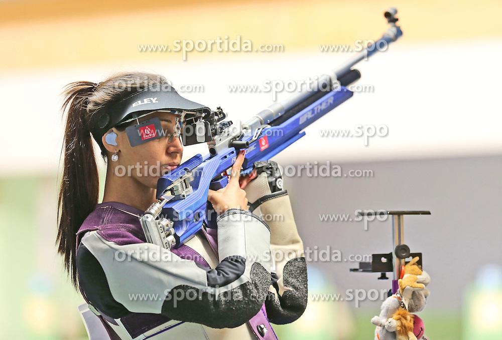 05.09.2015, Olympia Schiessanlage Hochbrueck, Muenchen, GER, ISSF World Cup 2015, Gewehr, Pistole, Damen, 10 Meter Luftgewehr, im Bild Ivana Maksimovic (SRB) richtet sich ein // during the women's 10M air rifle competition of the 2015 ISSF World Cup at the Olympia Schiessanlage Hochbrueck in Muenchen, Germany on 2015/09/05. EXPA Pictures &copy; 2015, PhotoCredit: EXPA/ Eibner-Pressefoto/ Wuest<br /> <br /> *****ATTENTION - OUT of GER*****