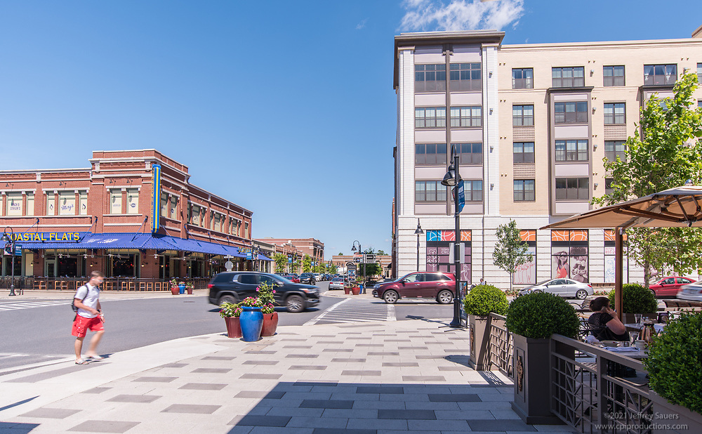 Downtown Crown retail center by Jeffrey Sauers of Commercial Photographics, Architectural Photo Artistry in Washington DC, Virginia to Florida and PA to New England