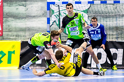 27.04.2018, BSFZ Suedstadt, Maria Enzersdorf, AUT, HLA, SG INSIGNIS Handball WESTWIEN vs Bregenz Handball, Viertelfinale, 1. Runde, im Bild Julian Pratschner (SG INSIGNIS Handball WESTWIEN), Lukas Frühstück (Bregenz Handball), Gabor Hajdu (SG INSIGNIS Handball WESTWIEN) // during Handball League Austria, quarterfinal, 1 st round match between SG INSIGNIS Handball WESTWIEN and Bregenz Handball at the BSFZ Suedstadt, Maria Enzersdorf, Austria on 2018/04/27, EXPA Pictures © 2018, PhotoCredit: EXPA/ Sebastian Pucher
