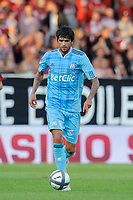 FOOTBALL - FRENCH CHAMPIONSHIP 2010/2011 - L1 - VALENCIENNES FC v OLYMPIQUE DE MARSEILLE - 14/08/2010 - PHOTO JEAN MARIE HERVIO / DPPI - LUCHO GONZALEZ (OM)