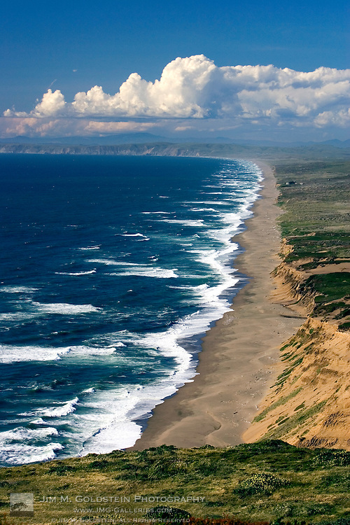 Infinite view of the Point Reyes National Sea Shore