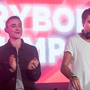 NLD/Amsterdam/20171019 - Prijsuitreiking en mini concert David Guetta, concert Lukas & Steve