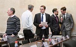 06.03.2019, Landesgericht für Strafsachen, Wien, AUT, Strafprozess gegen ehemaligen Finanzminister Grasser, wegen Bestechungs- und Untreueverdacht bei BUWOG-Privatisierung und Linzer-Terminal-Tower, im Bild (v.l.), Angeklagte Peter Hochegger, Walter Meischberger, Anwalt Jörg Zarbl und die Anwälte Norbert Wess, Oliver Scherbaum // during hearing according to supspect of bribery and breach of trust in case of BUWOG-privatisation at the Landesgericht für Strafsachen in Wien, Austria on 2019/03/06. EXPA Pictures © 2019, PhotoCredit: EXPA/ Hans Punz/APA-POOL