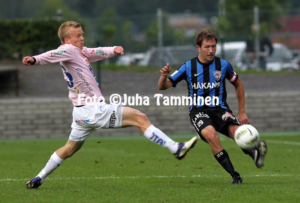 15.7.2012, Veritas stadion (Kupittaa), Turku..Veikkausliiga 2012..FC Inter Turku - JJK Jyv?skyl?..Henri Lehtonen (Inter) v Patrick Poutiainen (JJK)..