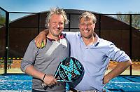 OVERVEEN -  De broers Jeroen (l)  en Floris Jan Bovelander voor de Tetterode sporthal.   UNITED PHOTOS  KOEN SUYK
