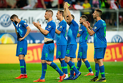 Miha Mevlja of Slovenia, Jasmin Kurtič of Slovenia, Denis Popovic of Slovenia, Bojan Jokić of Slovenia, Petar Stojanović of Slovenia, Andraž Šporar of Slovenia wave to their supporters after the 2020 UEFA European Championships group G qualifying match between Austria and Slovenia at Wörthersee Stadion on June 7, 2019 in Klagenfurt, Austria. Photo by Vid Ponikvar / Sportida
