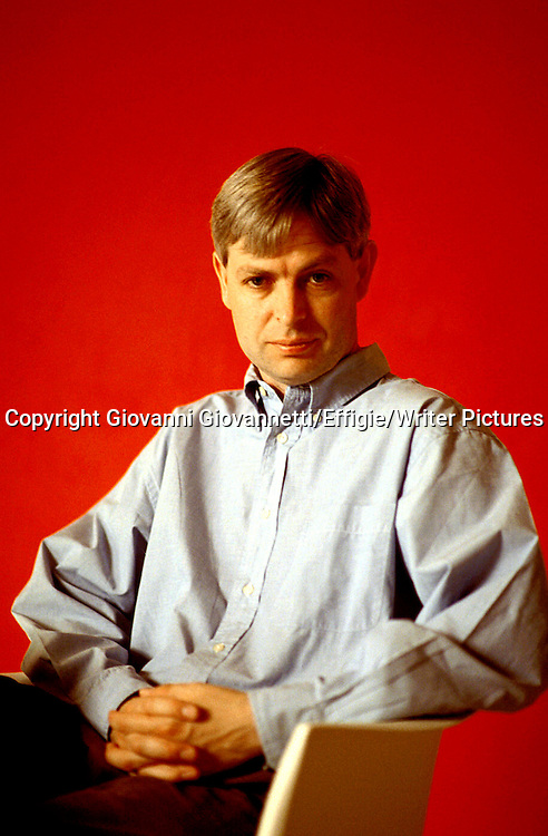 Jonathan Coe<br /> <br /> <br /> 19/08/2003<br /> Copyright Giovanni Giovannetti/Effigie/Writer Pictures<br /> NO ITALY, NO AGENCY SALES