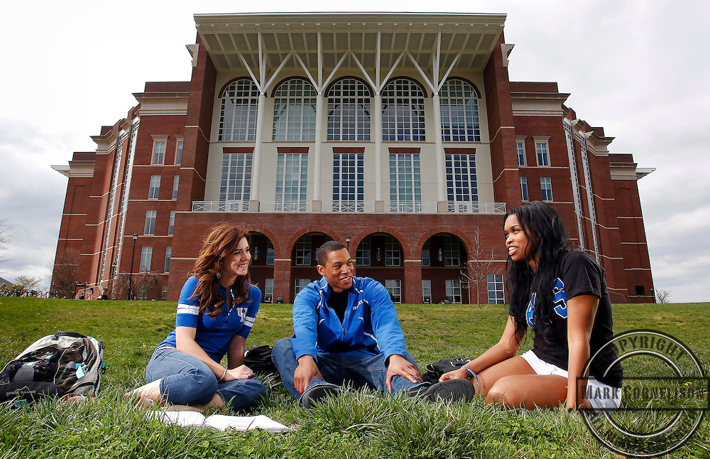 UK students around campus on Monday April 15, 2013 in Lexington, Kentucky.  Photo by Mark Cornelison