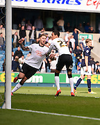 Jeff Hendrick equalises for Derby during the Sky Bet Championship match between Millwall and Derby County at The Den, London, England on 25 April 2015. Photo by David Charbit.