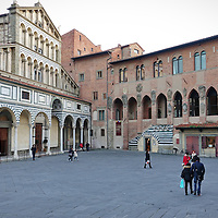 Palazzo dei Vescovi accanto alla Cattedrale di San Zeno in Piazza del Duomo di Pistoia, Capitale della Cultura italiana 2017