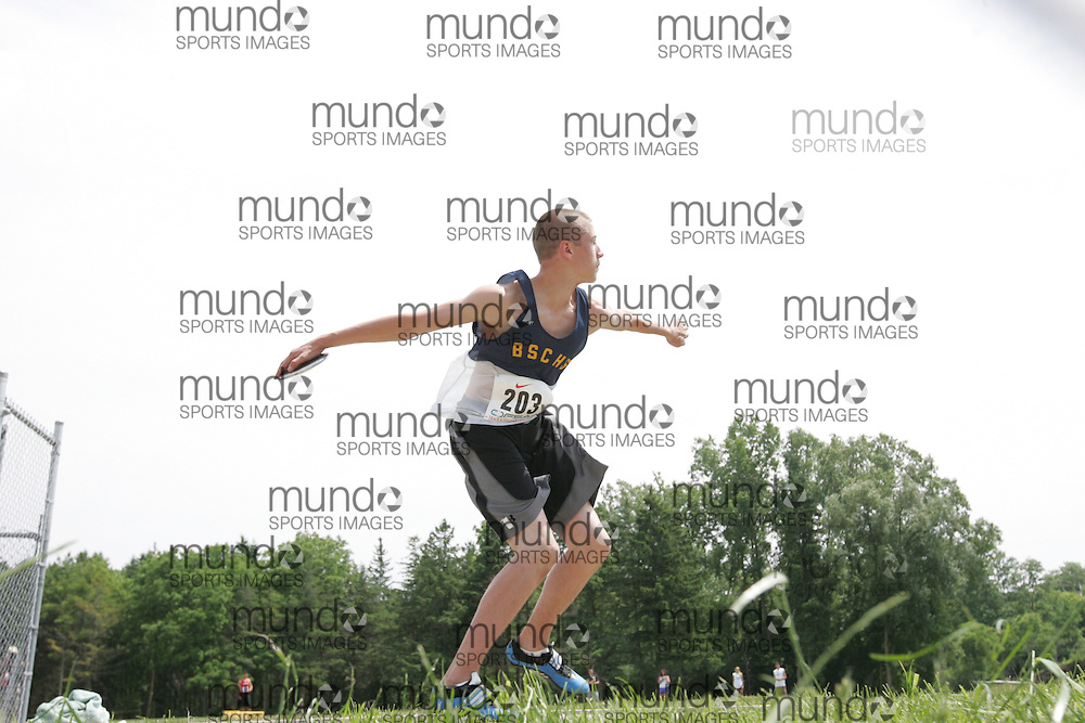 (London, Ontario}---04 June 2010) Brad Switzer of Bishop Smith - Pembroke competing in the midget boys discus at the 2010 OFSAA Ontario High School Track and Field Championships. Photograph copyright Sean Burges / Mundo Sport Images, 2010.