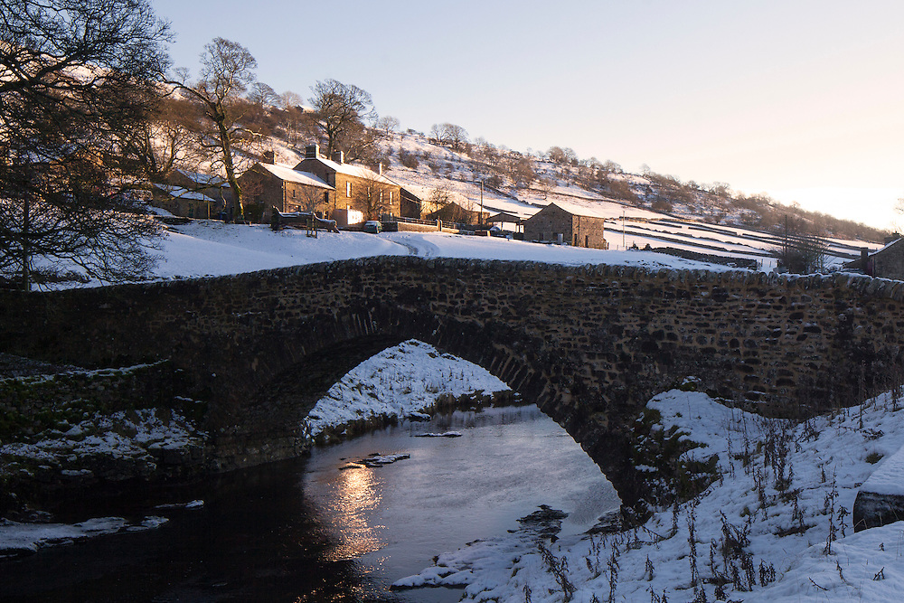 Winter scene in the Langstrothdale Valley in the North Yorkshire Dales National Park, Yorkshire, UK