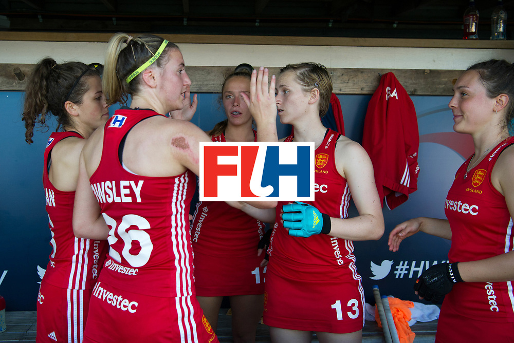 AUCKLAND - Sentinel Hockey World League final women<br /> Match id: 10304<br /> 15 USA v ENG (QF)<br /> Foto: England wins and celebrate in the dug out.<br /> WORLDSPORTPICS COPYRIGHT FRANK UIJLENBROEK