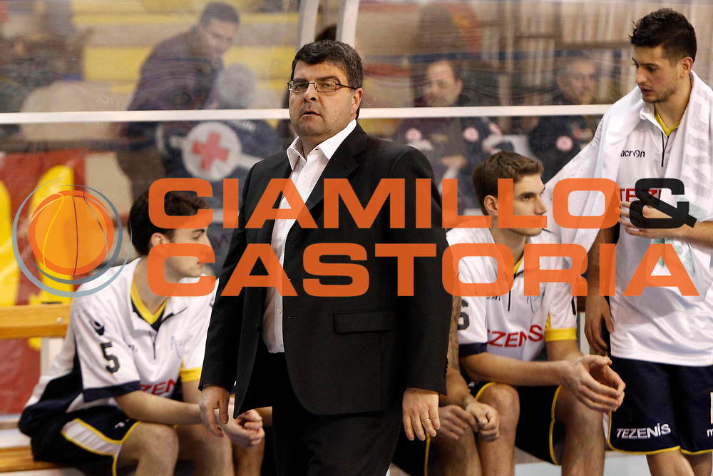 DESCRIZIONE : Pala Tricoli Cefalu Campionato Lega Basket A2 2012-13 Sigma Basket Barcellona Tezenis Verona<br /> GIOCATORE : Alessandro Ramagli<br /> SQUADRA : Tezenis Verona<br /> EVENTO : Campionato Lega Basket A2 2012-2013<br /> GARA : Sigma Basket Barcellona Tezenis Verona<br /> DATA : 17/02/2013<br /> CATEGORIA : Head Coach Ritratto Delusione<br /> SPORT : Pallacanestro <br /> AUTORE : Agenzia Ciamillo-Castoria/G.Pappalardo<br /> Galleria : Lega Basket A2 2012-2013 <br /> Fotonotizia : Pala Tricoli Cefalu Campionato Lega Basket A2 2012-13 Sigma Basket Barcellona Tezenis Verona<br /> Predefinita :