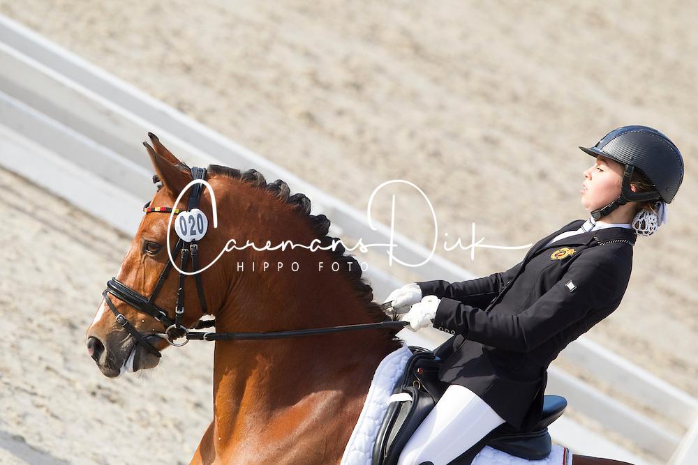 Hendrikx Suraya, (BEL), Interbrew De Redha<br /> CDI3* Roosendaal 2015<br /> &copy; Hippo Foto - Leanjo de Koster<br /> 09/05/15