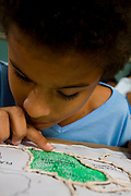 Para de Minas_MG, Brasil...Garoto com deficiencia visual na Escola Estadual Professor Pereira da Costa...The boy with visual disability in the school Estadual Professor Pereira da Costa...Foto: LEO DRUMOND / NITRO