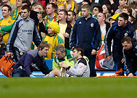 Photo: Leigh Quinnell.<br /> Chelsea v Norwich City. The FA Cup. 17/02/2007.<br /> Norwich goalkeeper David Marshall is treated for an early injury but is taken off.