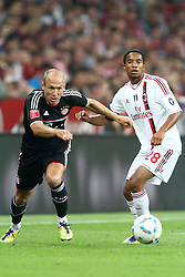 26.07.2011, Allianz Arena, Muenchen, GER, Audi Cup 2011,  FC Bayern vs AC Milan, im Bild Arjen Robben (Bayern #10) in kampf mit Urby Emanuelson (Milan #28)  // during the Audi Cup 2011,  FC Bayern vs AC Milan , on 2011/07/26, Allianz Arena, Munich, Germany, EXPA Pictures © 2011, PhotoCredit: EXPA/ nph/  Straubmeier       ****** out of GER / CRO  / BEL ******