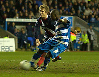 Photo: Daniel Hambury.<br />Reading v West Bromwich Albion. The FA Cup. 17/01/2006.<br />Reading's Leroy Lita scores his third goal to make it 3-2.