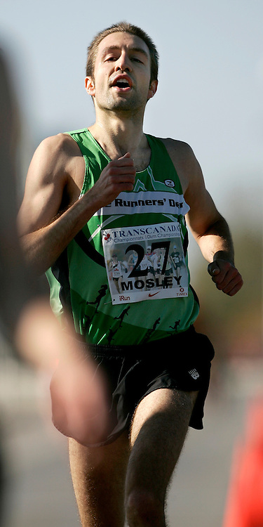 (Ottawa, ON---18 October 2008) RICHARD MOSLEY competes in the 2008 TransCanada 10km Canadian Road Race Championships. Photograph copyright Geoff Robins/Mundo Sport Images (www.msievents.com).