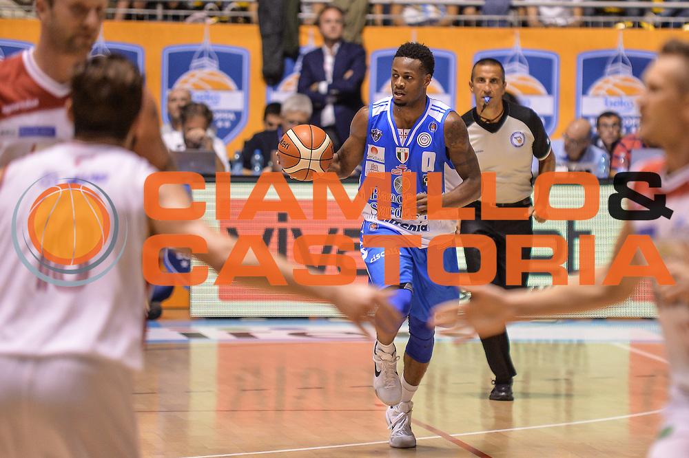 DESCRIZIONE : Supercoppa 2015 Semifinale Dinamo Banco di Sardegna Sassari - Grissin Bon Reggio Emilia<br /> GIOCATORE : MarQuez Haynes<br /> CATEGORIA : Palleggio Contropiede<br /> SQUADRA : Dinamo Banco di Sardegna Sassari<br /> EVENTO : Supercoppa 2015<br /> GARA : Dinamo Banco di Sardegna Sassari - Grissin Bon Reggio Emilia<br /> DATA : 26/09/2015<br /> SPORT : Pallacanestro <br /> AUTORE : Agenzia Ciamillo-Castoria/L.Canu