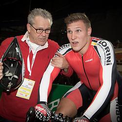 28-12-2014: Wielrennen: NK Baanwielrennen: Apeldoorn <br />Jeffrey Hoogland (Nijverdal) pakt de titel op de kilometer