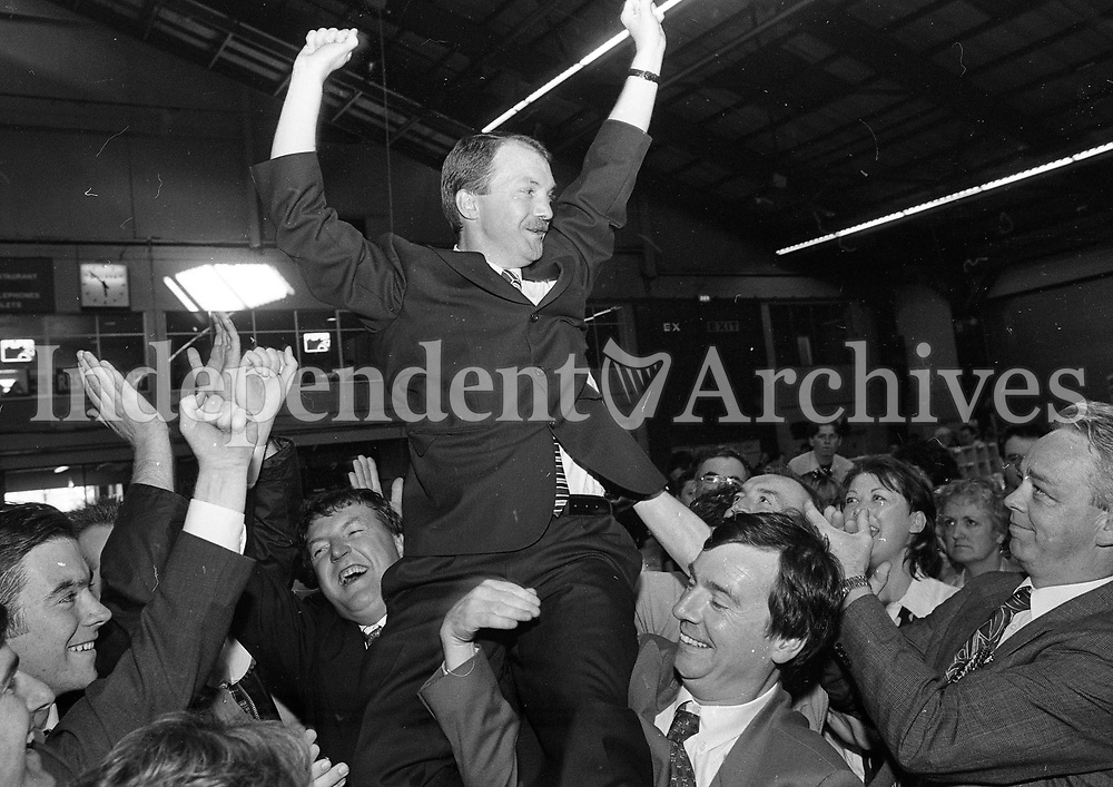 Sean Haughey Fianna Fail TD, circa June 1997 (Part of the Independent Newspapers Ireland/NLI Collection).