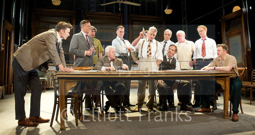 twelve angry men juror 3 Need help on characters in reginald rose's twelve angry men twelve angry men characters from litcharts seven is the juror who continuously expresses a desire.