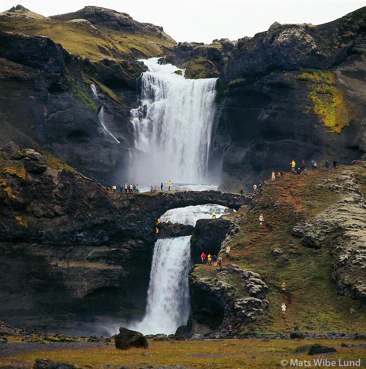 """Ófærufossar í Eldgjá, Hraunbogan fór í vorleysingum 1993 Hálendið  /  Ofaerufossar waterfalls in Eldgja, The natural """"lava bridge"""" colapsed during the spring flood 1993. Southern Highlands."""