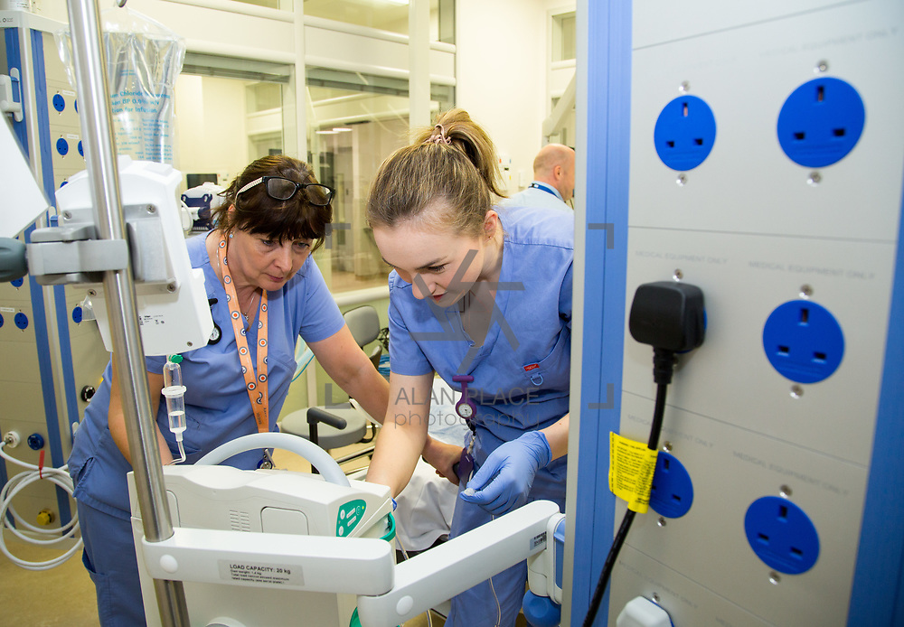 29.05. 2017.                                             <br /> IRELAND&rsquo;S largest and most advanced Emergency Department has opened this Monday at University Hospital Limerick.<br /> <br /> Pictured in the new Resuscitation unit at the Emergency Department are nurses, Ingrid Byrnes and Siobhan O'Grady.<br /> <br /> <br /> <br /> A &euro;24 million project (development and equipment costs), the ED spans 3,850 square metres of floor space, over three times the size of the old department. In 2016, UHL had the busiest ED in the country, with over 64,000 attendances. Picture: Alan Place
