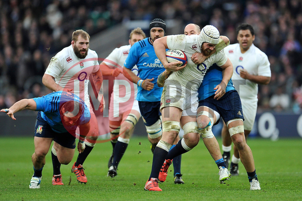 Dave Attwood of England takes on the Italy defence - Photo mandatory by-line: Patrick Khachfe/JMP - Mobile: 07966 386802 14/02/2015 - SPORT - RUGBY UNION - London - Twickenham Stadium - England v Italy - Six Nations Championship