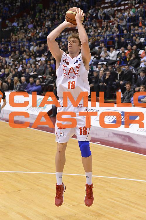 DESCRIZIONE : Milano Lega A 2012-13 EA7 Emporio Armani Milano Banco di Sardegna Sassari<br /> GIOCATORE : Niccolo Melli<br /> CATEGORIA : equilibrio tiro<br /> SQUADRA : EA7 Emporio Armani Milano <br /> EVENTO : Campionato Lega A 2012-2013 <br /> GARA :  EA7 Emporio Armani Milano Banco di Sardegna Sassari<br /> DATA : 02/12/2012<br /> SPORT : Pallacanestro <br /> AUTORE : Agenzia Ciamillo-Castoria/GiulioCiamillo<br /> Galleria : Lega Basket A 2012-2013  <br /> Fotonotizia : Milano Lega A 2012-13 EA7 Emporio Armani Milano Banco di Sardegna Sassari<br /> Predefinita :