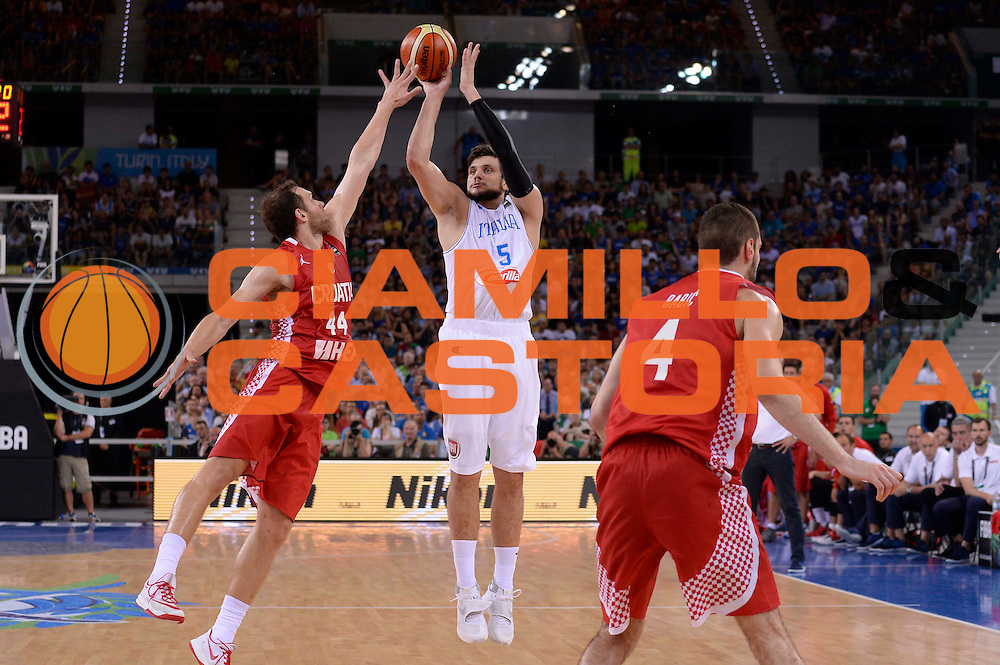 DESCRIZIONE: Torino FIBA Olympic Qualifying Tournament Italia - Croazia<br /> GIOCATORE: Alessandro Gentile<br /> CATEGORIA: Nazionale Italiana Italia Maschile Senior<br /> GARA: FIBA Olympic Qualifying Tournament Italia - Croazia<br /> DATA: 05/07/2016<br /> AUTORE: Agenzia Ciamillo-Castoria