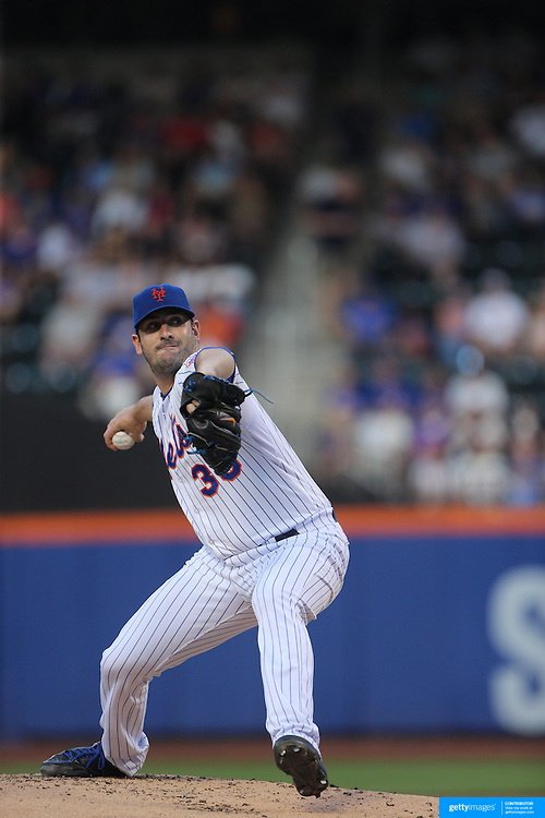 Pitcher Matt Harvey, New York Mets, pitching during the New York Mets Vs Los Angeles Dodgers MLB regular season baseball game at Citi Field, Queens, New York. USA. 25th July 2015. Photo Tim Clayton