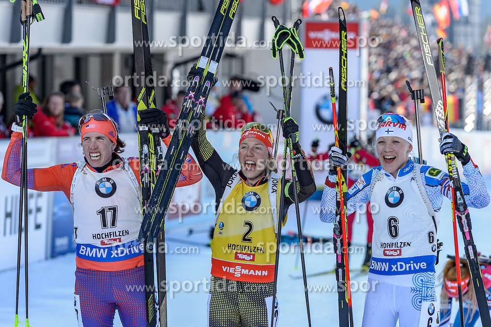 19.02.2017, Biathlonarena, Hochfilzen, AUT, IBU Weltmeisterschaften Biathlon, Hochfilzen 2017, Massenstart Damen, im Bild Susan Dunklee (USA), Laura Dahlmeier (GER), Kaisa Makarainen (FIN) // Susan Dunklee of United States of America Laura Dahlmeier of Germany and Kaisa Makarainen of Finland during Womens Masstart of the IBU Biathlon World Championships at the Biathlonarena in Hochfilzen, Austria on 2017/02/19. EXPA Pictures © 2017, PhotoCredit: EXPA/ Stefan Adelsberger