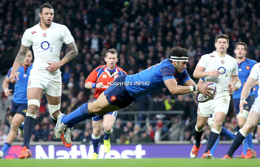 RBS 6 Nations Championship, Twickenham Stadium, London, England 21/3/2015<br /> England vs France<br /> France's Maxime Mermoz scores his side's third try<br /> Mandatory Credit &copy;INPHO/James Crombie