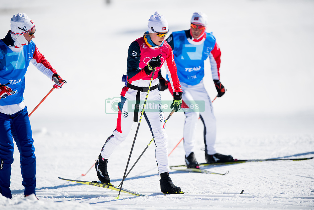February 5, 2018 - Pyeongchang, SOUTH KOREA - 180205 Sjur Ole Svarstad, assistant coach, Ragnhild Haga of Norway and Vidar LÂ¿fshus, coach, during a training session on February 5, 2018 in Pyeongchang..Photo: Jon Olav Nesvold / BILDBYRN / kod JE / 160136 (Credit Image: © Jon Olav Nesvold/Bildbyran via ZUMA Press)