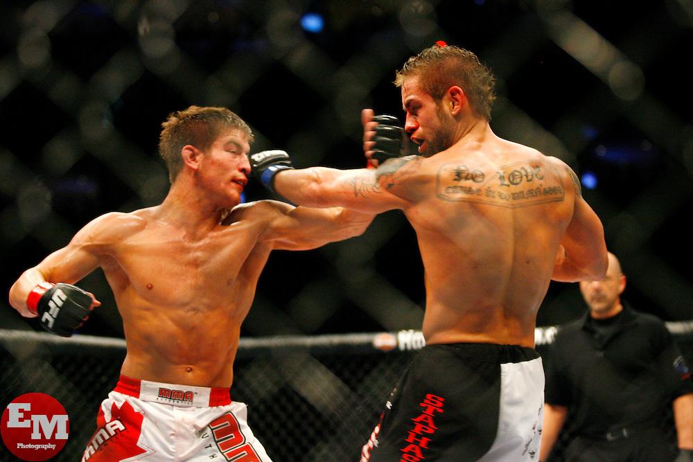 UFC 83: Sam Stout vs Rich Clem...