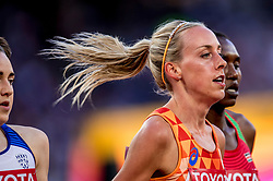 10-08-2017 IAAF World Championships Athletics day 7, London<br /> Susan Krumins NED loopt vrij gemakkelijk met de grote namen mee en plaatst zich voor de finale op de 5000 meter