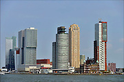 Nederland, Netherlands, Rotterdam, 2-5-2015Kop van Zuid, wilhelminakade, met hoogbouw. Hotel New York. De Rotterdam van architect Rem Koolhaas. Oude en nieuwe architectuur.District Kop van Zuid with high-rise buildings. Building De Rotterdam from architect Rem Koolhaas.FOTO: FLIP FRANSSEN/ HOLLANDSE HOOGTE