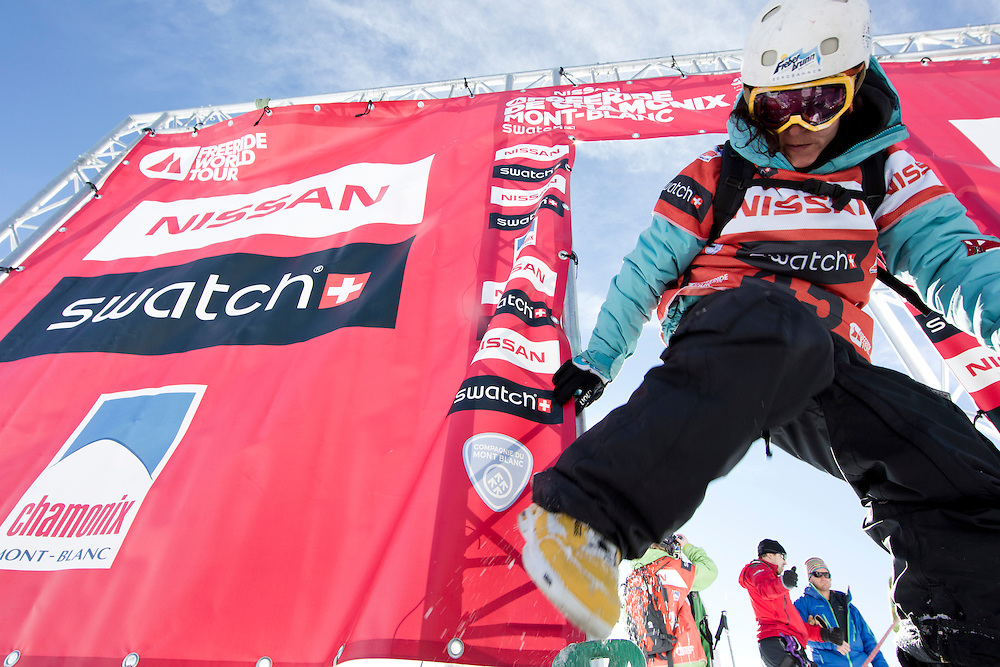 EVENT: NISSAN FREERIDE DE CHAMONIX-MONT-BLANC 2011 BY SWATCH, PARTNER: CHAMONIX-MONT-BLANC, PARTNER: NISSAN, PARTNER: SWATCH, RIDER: URSULA WOHLSCHLAGER - AUT, STYLE: LIFESTYLE > STYLE.Freeride World Tour 2011 - Six locations around the world, Chamonix Mont-Blanc, Engadin St Moritz, Sochi, Kirkwood, Fieberbrunn and Verbier have been selected for the 4th edition of the Freeride World Tour..The planet's top freeride skiers and snowboarders, men and women travel around the world to prove their skills on some of the most challenging faces..www.freerideworldtour.com