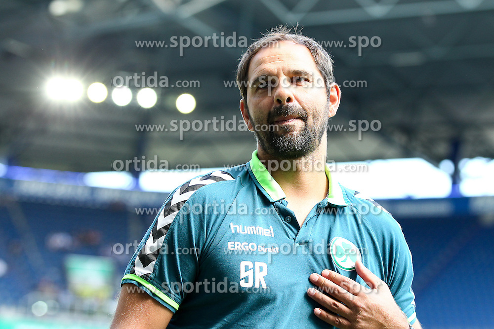 29.08.2015, Schauinsland Reisen Arena, Duisburg, GER, 2. FBL, MSV Duisburg vs SpVgg Greuther Fuerth, 5. Runde, im Bild Stefan Ruthenbeck (Trainer, SpVgg. Greuther Fuerth) // during the 2nd German Bundesliga 5th round match between MSV Duisburg and SpVgg Greuther Fuerth at the Schauinsland Reisen Arena in Duisburg, Germany on 2015/08/29. EXPA Pictures &copy; 2015, PhotoCredit: EXPA/ Eibner-Pressefoto/ Deutzmann<br /> <br /> *****ATTENTION - OUT of GER*****