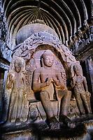 Inde, état de Maharashtra, Ellora, grottes d'Ellora classées au Patrimoine mondial de l'UNESCO, grotte N°10 // India, Maharashtra, Ellora cave temple, Unesco World Heritage, cave N°10