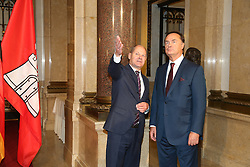 B¸rgermeister Olaf Scholz und Vladimir Golitsyn Pr‰sident Internationaler Seegerichtshof<br /> 20 Jahre Internationaler Seegerichtshof Hamburg<br /> Jubil‰umsfeier Festakt im Rathaus Hamburg Grosser Festsaal  / 071016<br /> <br /> ***Ceremony 20 years International Maritime Court (Internationaler Seegerichtshof) in Hamburg, Germany, October 07, 2016 ***