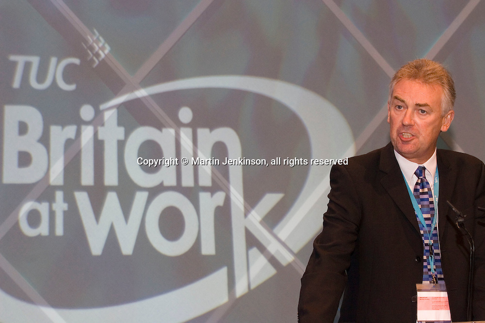 Steve Sinnott, NUT General Secretary, speaking at the TUC...© Martin Jenkinson, tel 0114 258 6808 mobile 07831 189363 email martin@pressphotos.co.uk. Copyright Designs & Patents Act 1988, moral rights asserted credit required. No part of this photo to be stored, reproduced, manipulated or transmitted to third parties by any means without prior written permission
